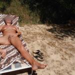 Elodie, mature chaudasse naturiste 6