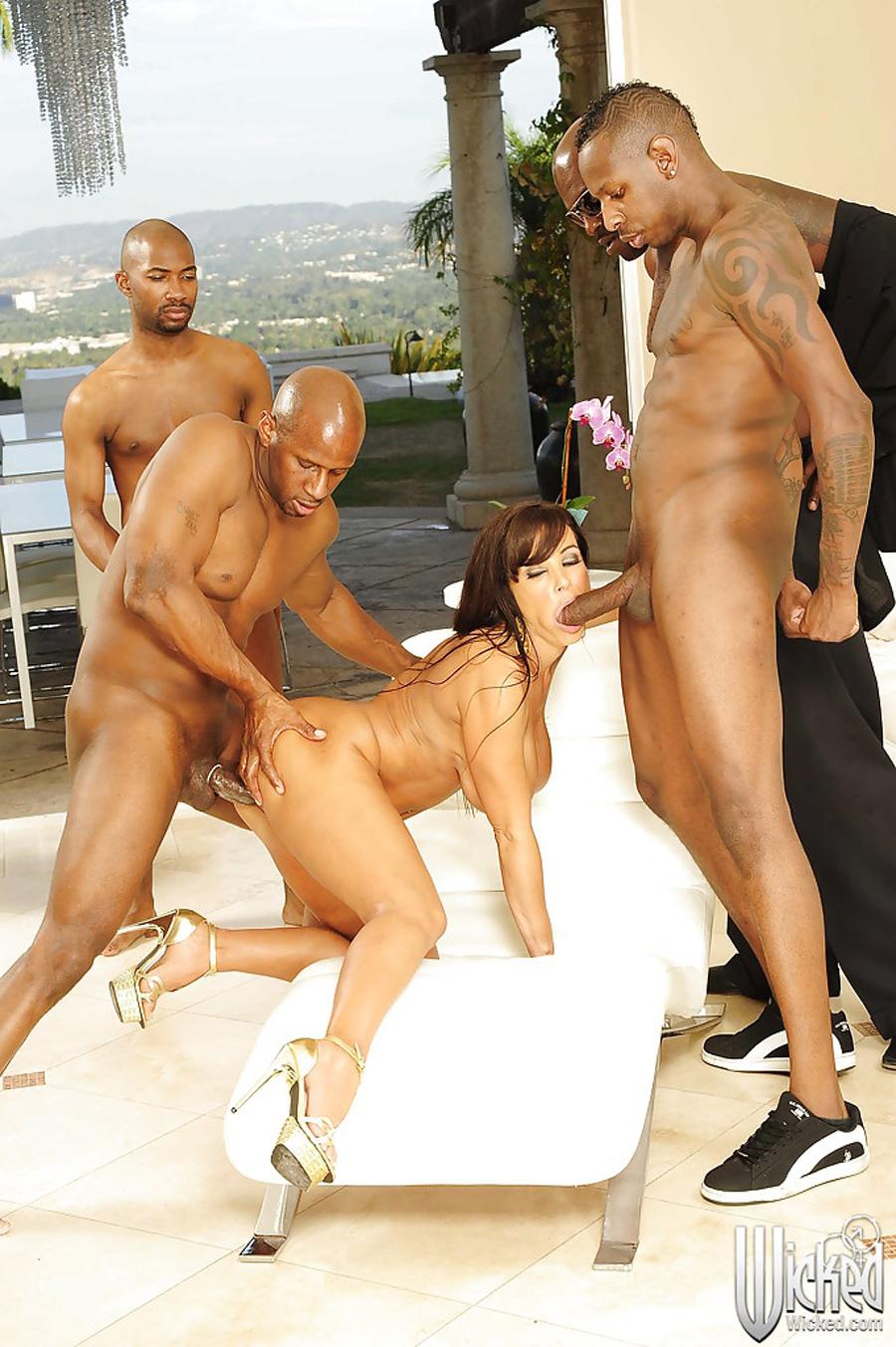 Gangbang interracial Lisa Ann Wicked 1