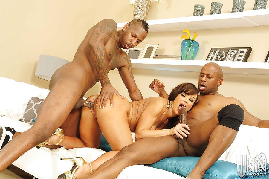 Gangbang interracial Lisa Ann Wicked 3