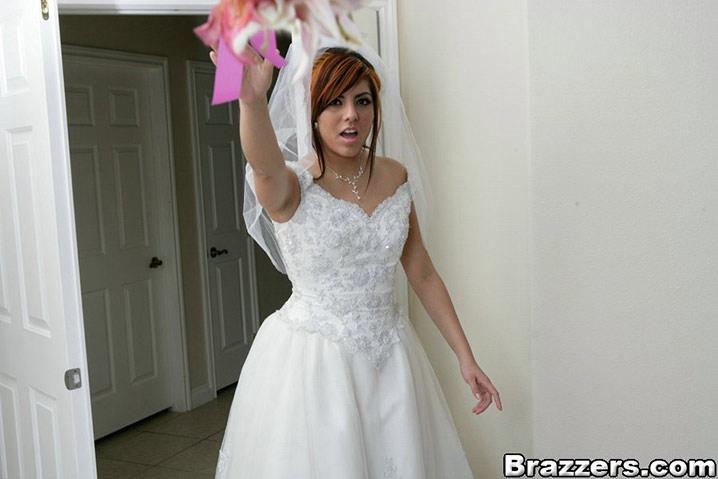 Lisa Ann baise jeune marié 14