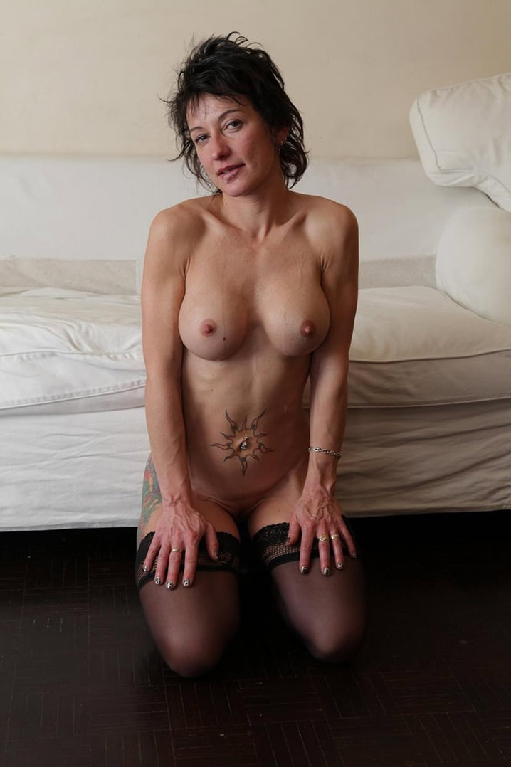 Martine femme au foyer française double penetration 10